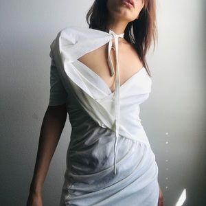 Dresses & Skirts - 🔵 White Body Dress